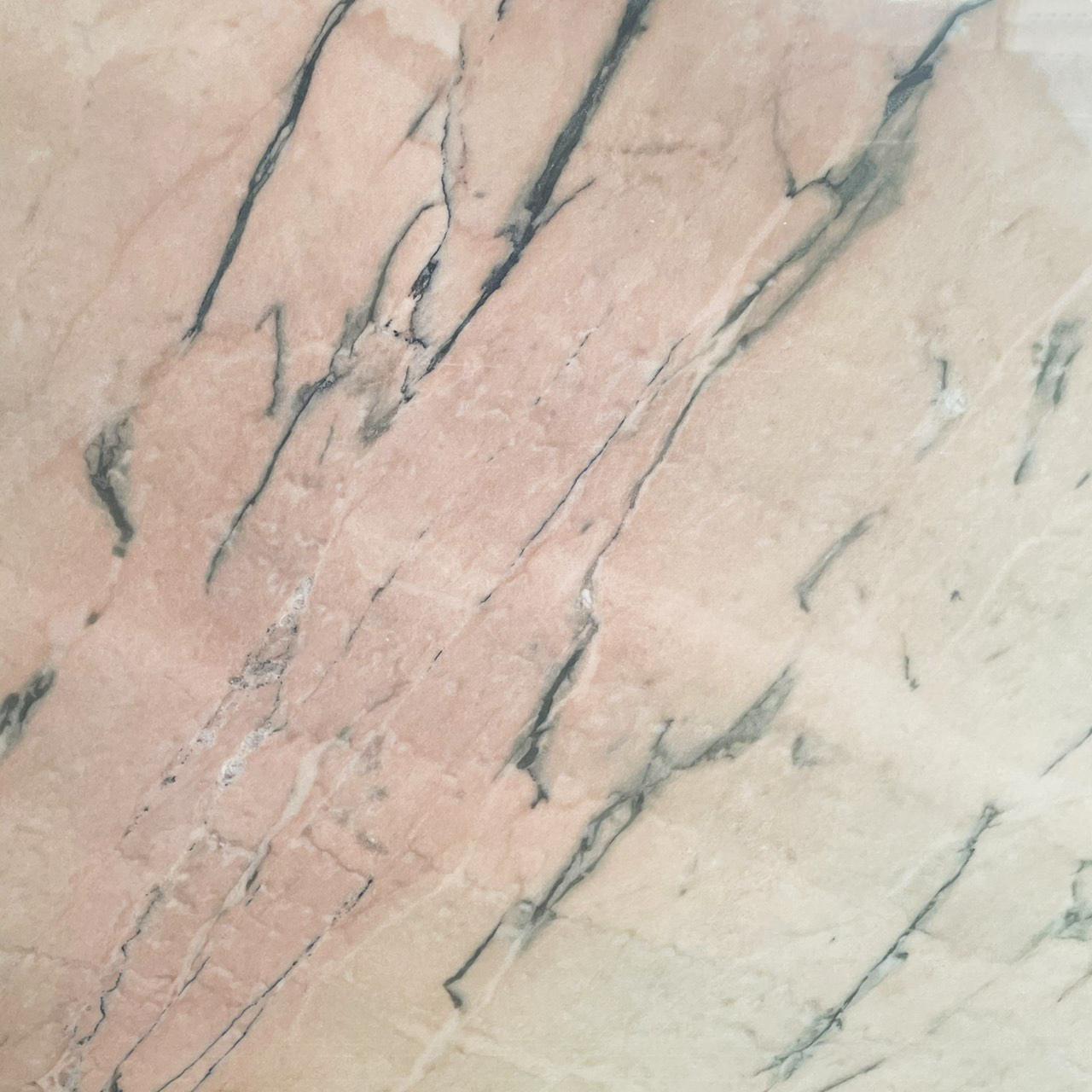 ✔ 表面處理:亮面 ✔ 原石產地:葡萄牙 ✔ 適合施作:檯面、牆面、地坪